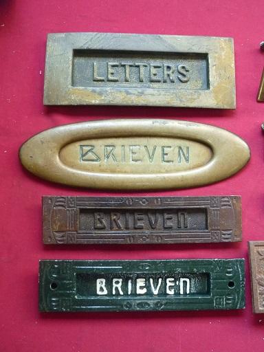 Goede oude antieke authentieke brievenbus kleppen 2e hands 2e kans in VC-87