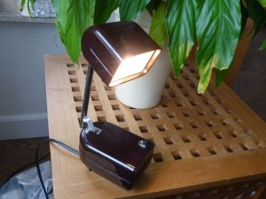 bakelieten wand lamp