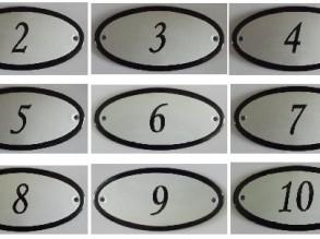Ovale Huisnummers en Deurbordjes