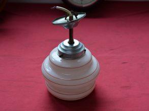 Jaren'30 lampje met glazenkap