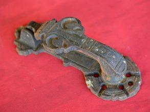 Antieke deurklopper van gietijzer