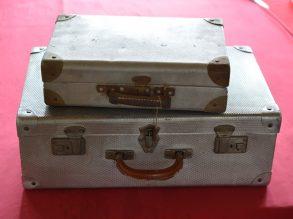 2 unieke aluminium reiskoffers.