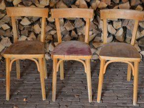 3 houten stoelen van het merk BAUHAUS