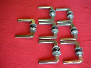 7 gegoten deurklinken uit de Jaren'50.