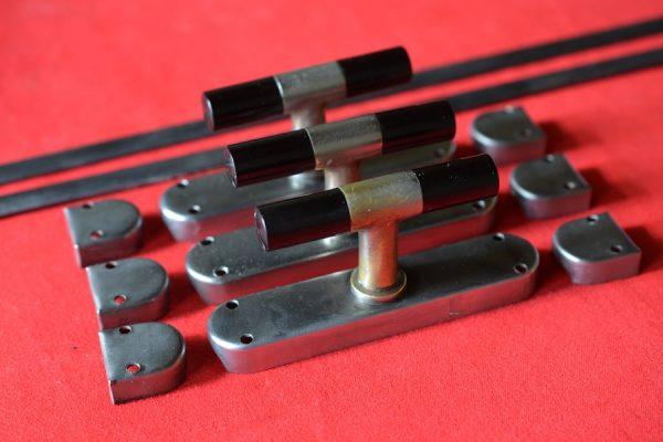 3 puntgave Frankfurter/Bauhaus kruk espagnoletten.