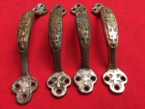4 antieke messing handgrepen