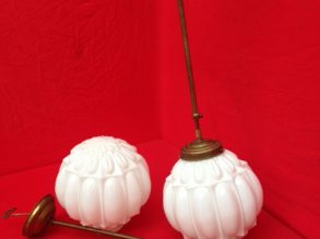 2 puntgave Art Deco hang lampen